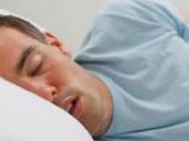 التعرق ليلاً دون سبب يمكن أن يُشير إلى مرض خطير!