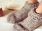أطباء: القدم الباردة علامة على الإصابة بمشكلة صحية خطيرة