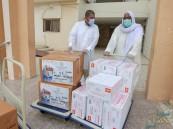 توزيع 810 سلة غذائية للمستفيدين بجمعية الطرف الخيرية