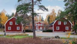 """تشتهر بينابيع المياه النقية .. """"قرية كاملة"""" معروضة للبيع غدًا بهذا المبلغ في السويد!!"""