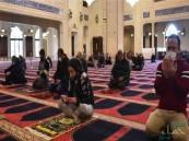 3 دول عربية سمحت بأداء صلاة الجمعة بالمساجد اليوم.. تعرَّف عليها