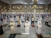 عقب فتحه تدريجيًا … شاهد: جموع المصلين يؤدون صلاة الفجر بالمسجد النبوي الشريف
