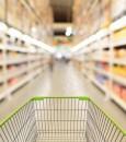 """""""التجارة"""" تشهِّر بشركة ووافدين يغشون المستهلكين بتغيير تواريخ إنتاج الأرز"""