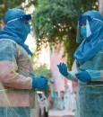 """استشاري بـ""""الحرس الوطني"""" يحدد نهاية فيروس كورونا وطبيعة موجته الثانية"""