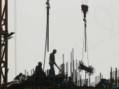 """قطر 2022 .. عمالة """"مستعبدة"""" وقتلى بالآلاف من أجل المونديال"""