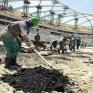 """يعملون بلا أجور.. """"العفو الدولية"""": العمال في قطر يُعانون ولا يحصلون على أجورهم منذ شهور"""
