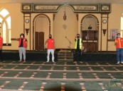 """بالتعاون مع """"الأحساء نيوز"""" … فريق """"باراديس"""" التطوعي يُنظّم حملة لتعقيم وتنظيف المساجد"""