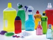 """خطأ شائع عند استخدام """"مواد التنظيف"""".. تتحول لغازات سامة تُدمر الرئة"""