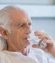 وزارة الصحة: 4 إجراءات تحد من كورونا بين كبار السن ومرضى الضغط