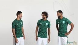"""""""اتحاد الكرة"""" يعلن """"الأطقم الجديدة"""" لمنتخب السعودية في 2021"""