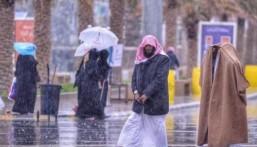 طقس اليوم: سحب رعدية ممطرة مسبوقة برياح نشطة على 6 مناطق