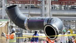 رويترز: أرامكو توقع صفقة ضخمة لخطوط الأنابيب مع تحالف لمستثمرين