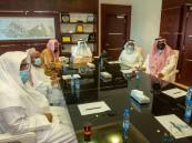 """معالي رئيس """"جامعة الملك فيصل"""" يسقبل مدير """"دار الآل والصحب"""" الوقفية"""
