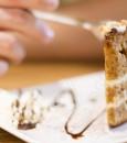 """تحذير من الاستهلاك المفرط لـ""""الأطعمة السكرية"""" في العيد"""