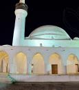 """داخل قلعة الكوت التاريخية بالأحساء  .. """"مسجد القبة"""" هندسة معمارية وطراز فريد (صور)"""