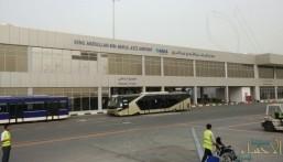 وجدوا بحوزته مبالغ مالية .. تفاصيل القبض على رئيس بلدية في مطار جازان