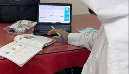 في الأحساء … معلم يعود للتدريس بعد يوم من إجراء عملية بالقلب !!