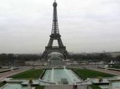 فرنسية تتزوج خطيبها المتوفى بموافقة الرئيس هولاند