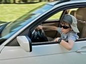 طفل نرويجي يقود سيارة والديه لزيارة جديه ويدعي انه قزم