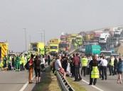 اصطدام 100 سيارة على جسر في بريطانيا