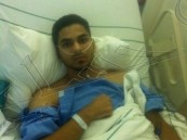 الزميل صالح العبدالقادر يجرى عملية جراحية