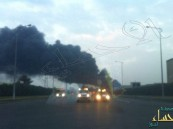 بالصور.. حريق هائل يلتهم مصنع كيماويات بالكامل