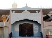"""ويبقى التعايش الأحسائي صامد… التخريب يطال جامع """" الإمام علي """" بالمبرز"""