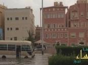 بعد السعودية.. السيول تغرق عدة مناطق في الكويت