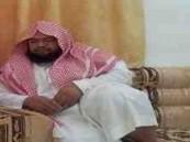 بالفيديو .. شبيه السديس بملامحه وصوته يرفض إمامة المسلمين في الخارج لرعاية والديه