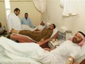 25 فردا من عائلة البقشي يتبرعون بالدم