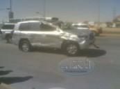 إصابات بليغه لعائلة قطرية في حادث مروري مروع وقع ظهر اليوم بالقرب من تقاطع طريق الرياض السلمانية