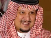 الأمير بندر بن محمد يطمئن على صحة رئيس نادي النصر .