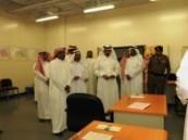 رئيس اللجنة العامة للانتخابات البلدية يطلع على سير الانتخابات بالمنطقة الشرقية .