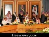 استمع سموه الى شرحاً مفصلا عن ابرز الإنجازات :  الأمير جلوي بن عبد العزيز يتفقد مشاريع أمانة المنطقة الشرقية اليوم  .