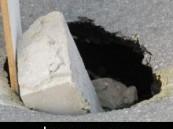 بالقرب من مدخل الكلابية – الاسكان المبسط : إنهيار أرضي وسط طريق الكلابية – الشعبة يشل حركة المرور