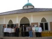 مساجد  ومراكز تنموية  ومدارس  شيدتها الندوة العالمية بشرق وجنوب شرق آسيا .