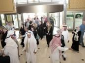 100 زائر أجنبي من متقاعدي أرامكو يزورون الواحة