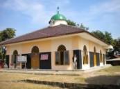 مكتب الندوة العالمية بإندونيسيا يفتتح ثلاثة مساجد  جديدة .