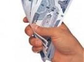 ضبط مواطنين يعملان في شركة لنقل الأموال بمحافظة الخبر إختلسا 35 الف ريال .