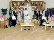 أمير الشرقية وسمو نائبه يستقبلان المشايخ ومديري الإدارات الحكومية وقادة القطاعات العسكرية .