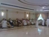 كان في إستقبالهم رجل الأعمال سالم المري : مجلس آل صبيح يستقبل المهنئين بالعيد  .