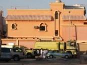 وفاة وإصابة سبعة أشخاص في إندلاع حريق في شقة في الدور الثاني بحي الراشدية ( ج ) بمدينة .