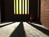 البحرين : حبس سعودية لمدة شهرين لاتهامها بممارسة الدعارة