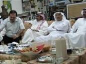 ملتقى عبدالرحمن السليمان(الاربعائية) يتواصل في مرسمه بالدمام .