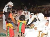 """"""" الحماد """" خلال زيارته لـ ( فرحة حسانا ) وجدت عملا رائعا وشباب سعودي يضحي من أجل الوطن."""