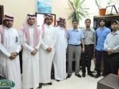 وفد من شركة أرامكو السعودية في زيارة توعوية لمستشفى الملك فهد بالهفوف .