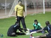 الشعلة يستأنف تدريباته ومدرب الفريق يغادر إلى مصر