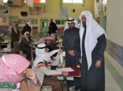 مدير تعليم الأحساء يزور مدرسة جودة المتوسط والثانوي