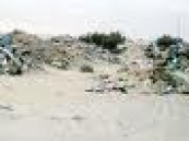 رمي مخلفات البناء ظاهرة سيئة تقلق سكان احياء الاحساء .