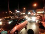 إصابة ثلاثة أشخاص في حادث مروري بالقرب من جامعة الملك فيصل بالهفوف .